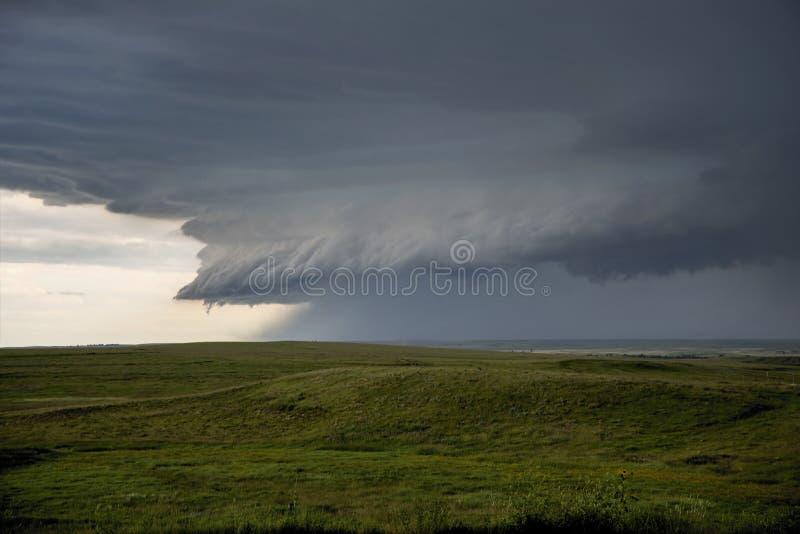 Nuvem da parede da tempestade fotos de stock