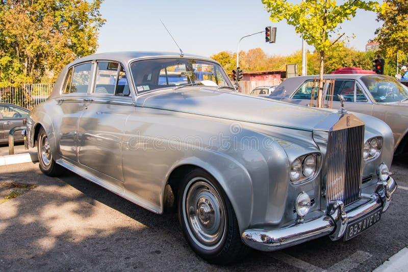 Nuvem de prata III de Rolls royce uma limusina do vintage dos anos 60 imagens de stock royalty free