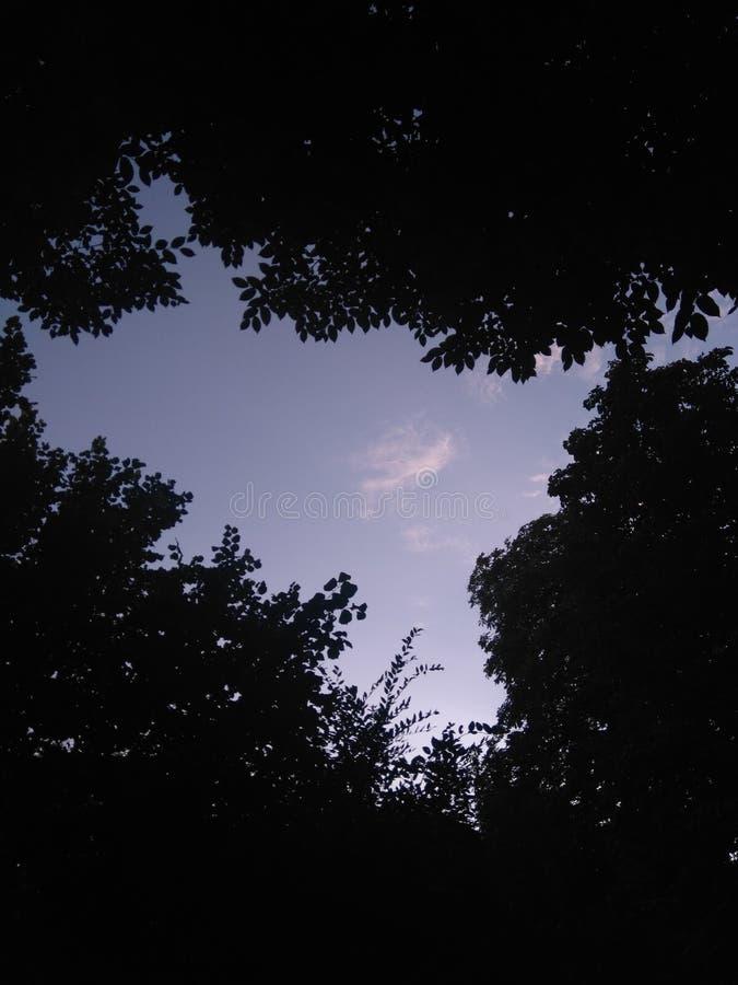 Nuvem escondida fotos de stock royalty free