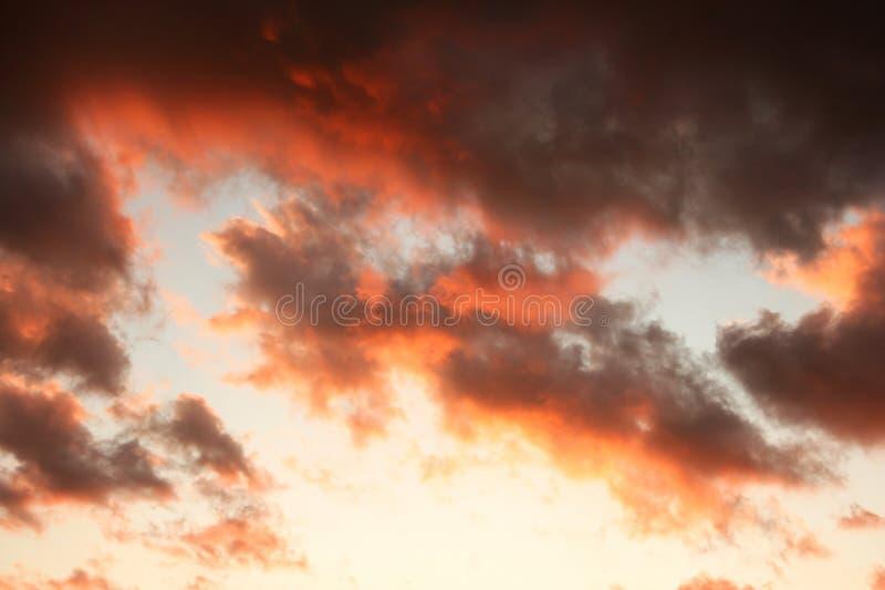 Download Nuvens foto de stock. Imagem de brilhante, espaço, mola - 26512578