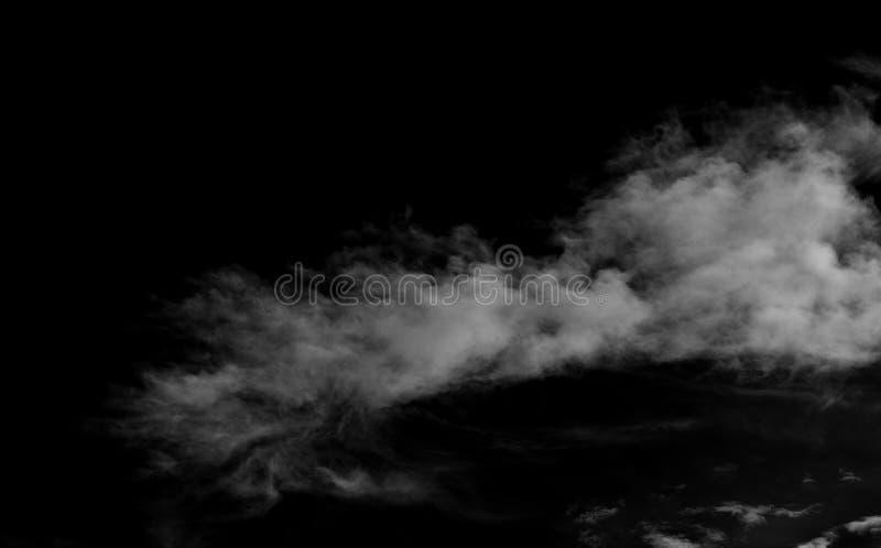 Nuvens brancas sobre o céu preto fotos de stock
