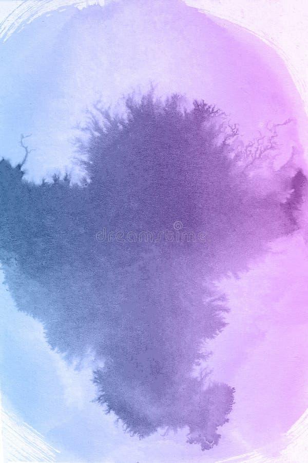 Nuvens cor-de-rosa e azuis da pintura no close-up da água imagens de stock royalty free