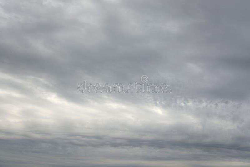 Nuvens de chuva escuras, sinistras fotos de stock royalty free