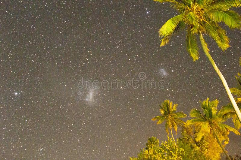 Nuvens de Magellanic de Ilhas Fiji foto de stock