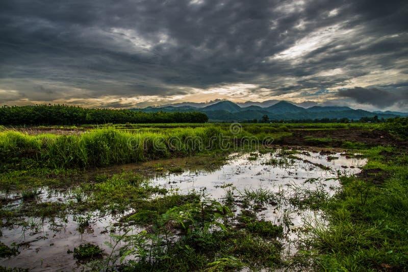 Nuvens de tempestade da agricultura fotos de stock royalty free