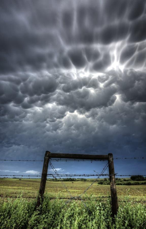 Nuvens de tempestade Saskatchewan foto de stock royalty free