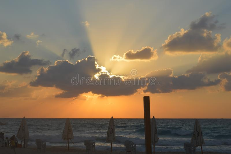 Nuvens do por do sol imagens de stock
