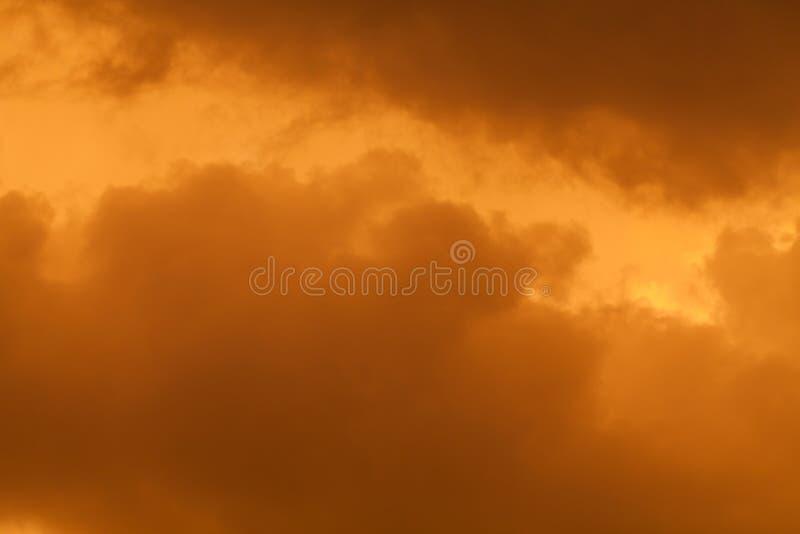 Nuvens durante a tempestade de areia fotos de stock royalty free