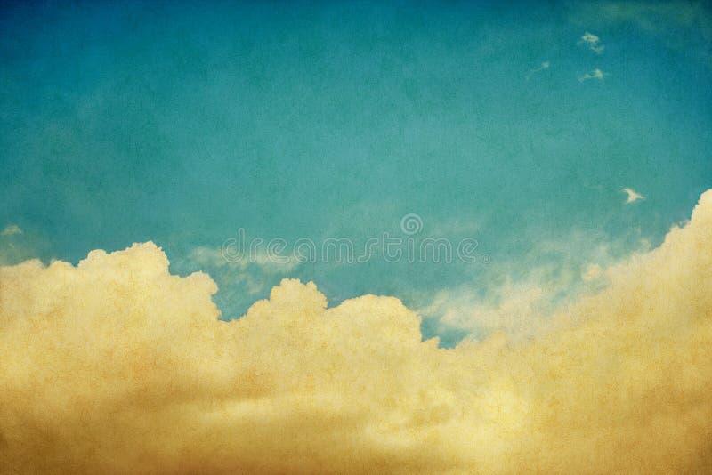 Nuvens e céu do vintage fotografia de stock royalty free