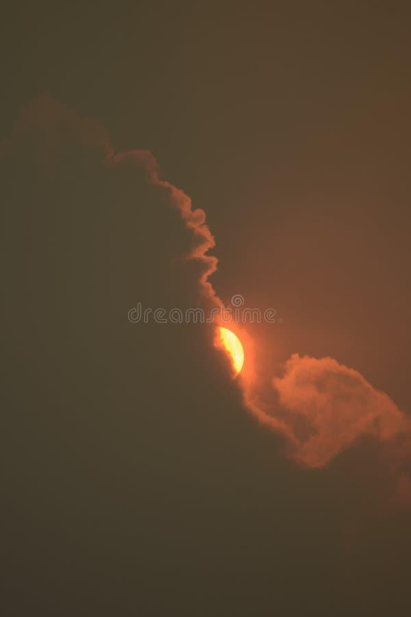 Nuvens e fumo imagem de stock