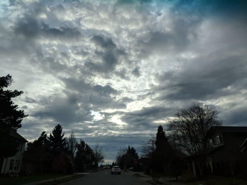 Nuvens e luz imagem de stock