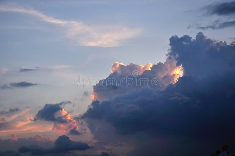 Nuvens escuras fotos de stock royalty free