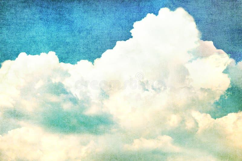 Nuvens no céu azul do verão - vintage fotos de stock