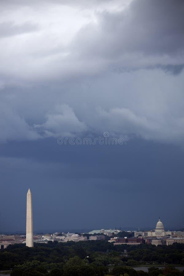Nuvens pesadas sobre Washington imagens de stock