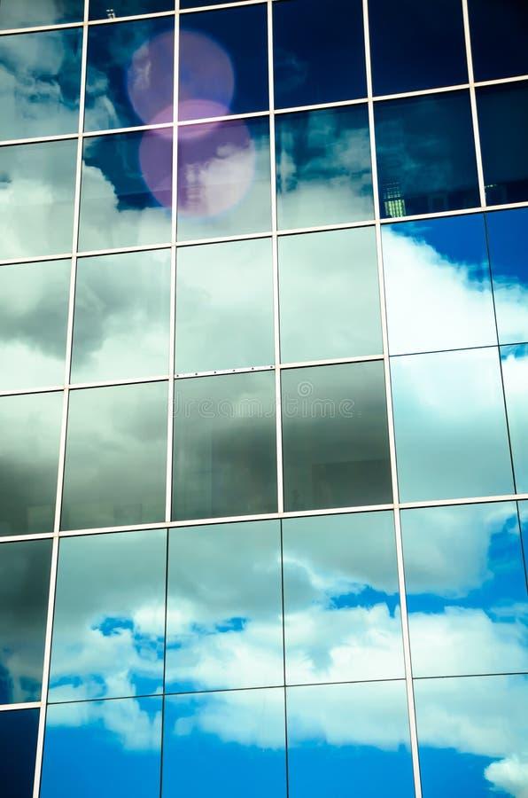 Nuvens refletidas imagem de stock royalty free