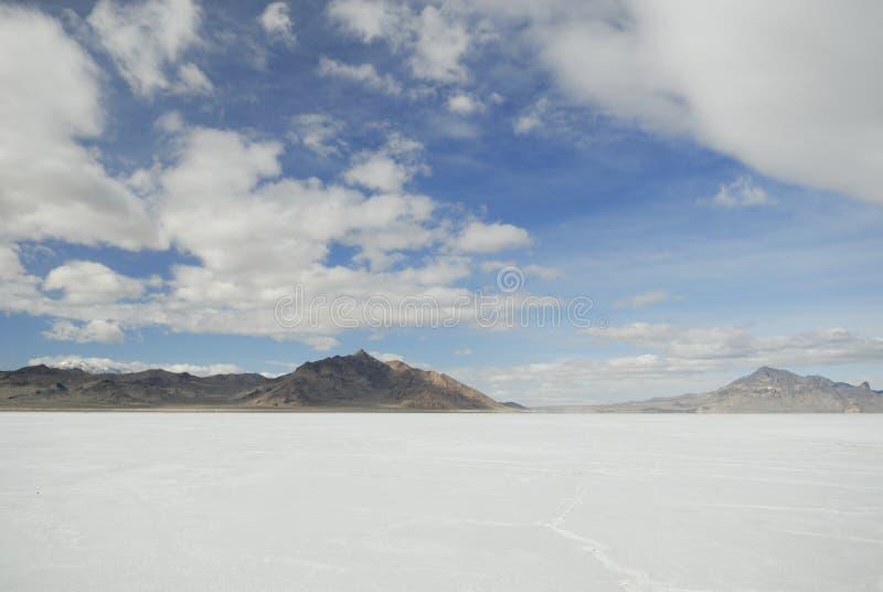 Nuvens sobre planos de sal de Bonneville, Utá fotos de stock