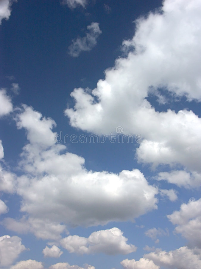 Nuvens sonhadoras foto de stock