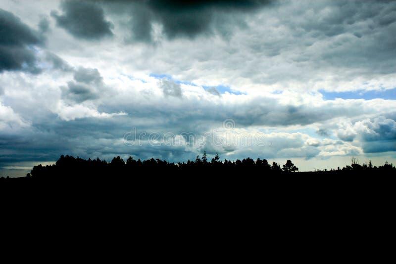 Nuvens tormentosos foto de stock royalty free