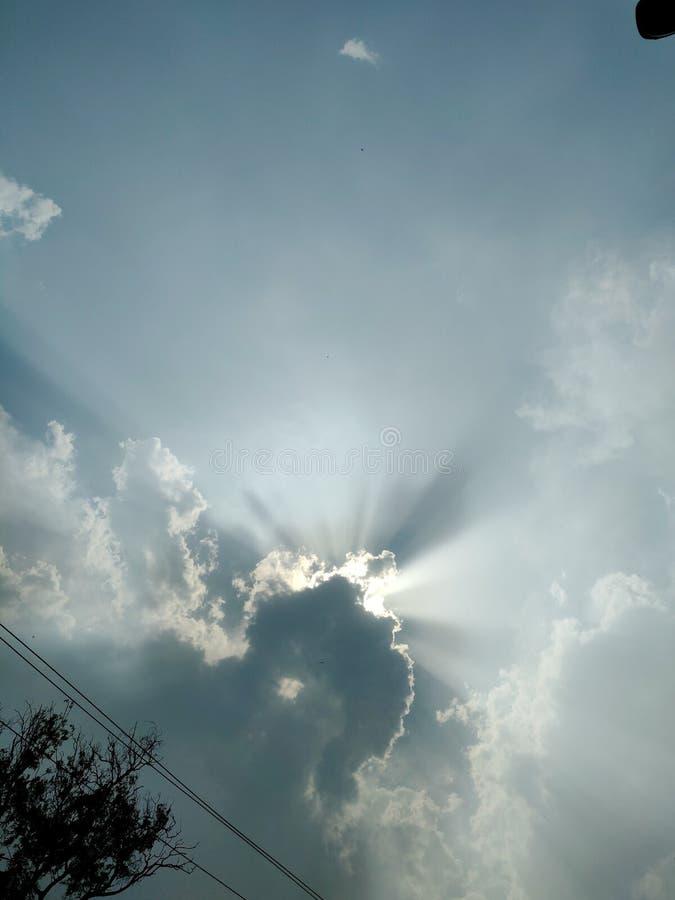 Nuvola con un lato positivo fotografia stock libera da diritti