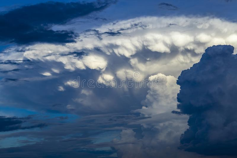 Nuvola di nimbus del cumulo fotografie stock libere da diritti