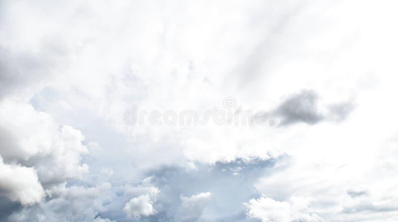 Nuvola di pioggia prima di strom immagine stock libera da diritti
