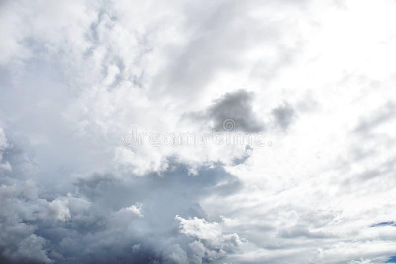 Nuvola di pioggia prima di strom fotografia stock libera da diritti