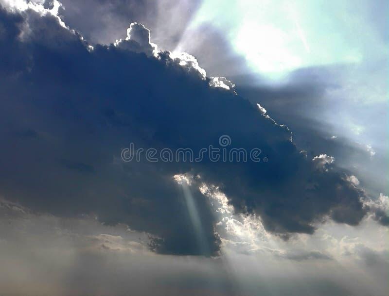 Nuvola e cielo immagine stock