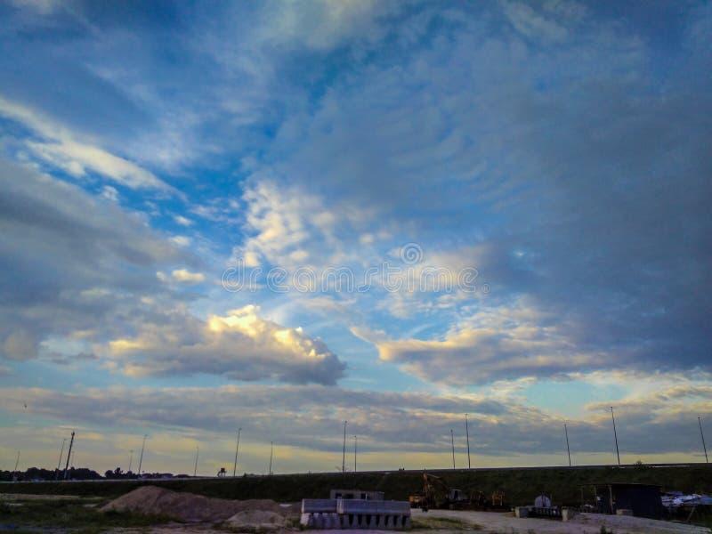 Nuvola industriale fotografie stock libere da diritti