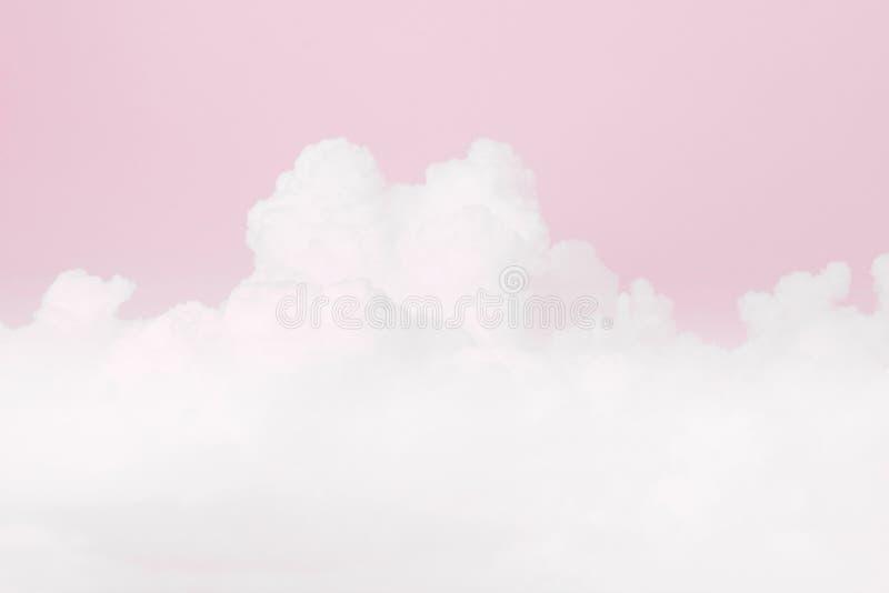 Nuvola molle del cielo, fondo molle di colore di rosa pastello del cielo, fondo del biglietto di S. Valentino di amore fotografia stock
