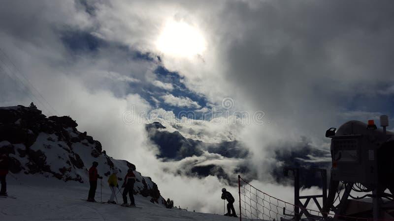Nuvole al Mountan immagine stock libera da diritti