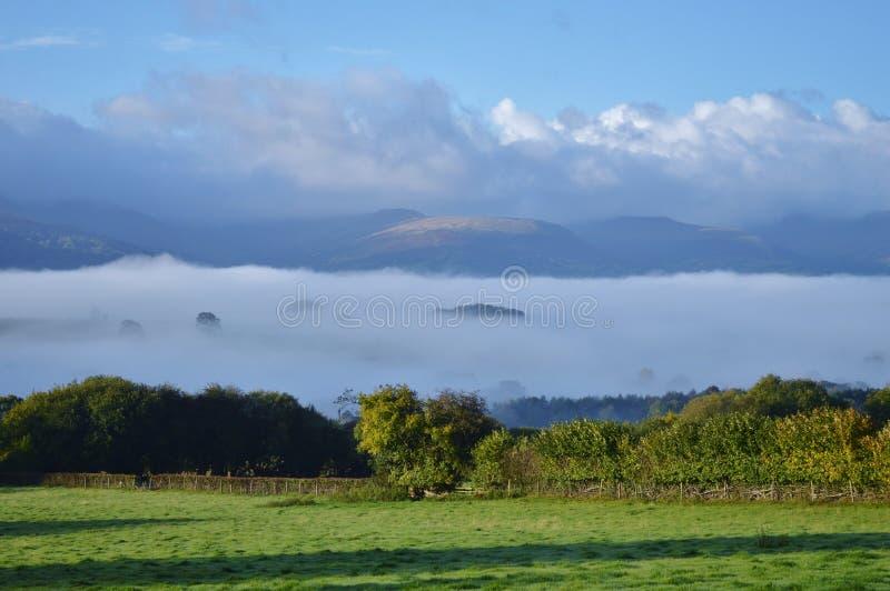 Nuvole della valle di Usk fotografia stock libera da diritti