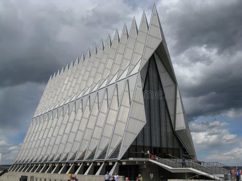 Nuvole di tempesta dietro la cappella del cadetto fotografia stock libera da diritti