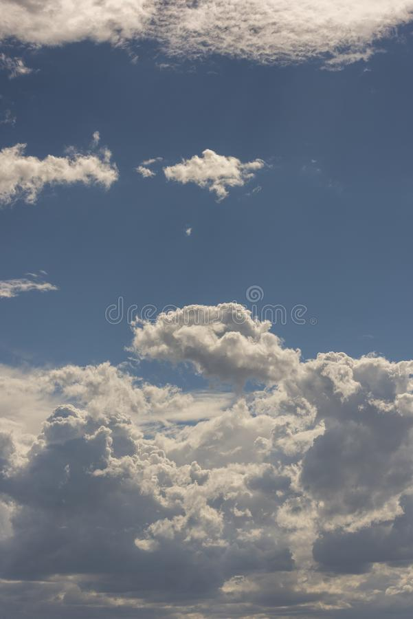 Nuvole di tempesta tropicali di estate fotografia stock libera da diritti