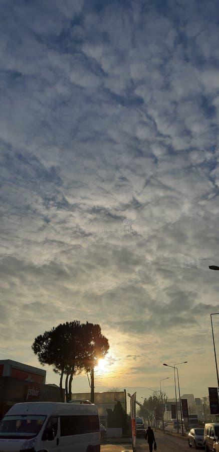 Nuvole e sole immagini stock libere da diritti