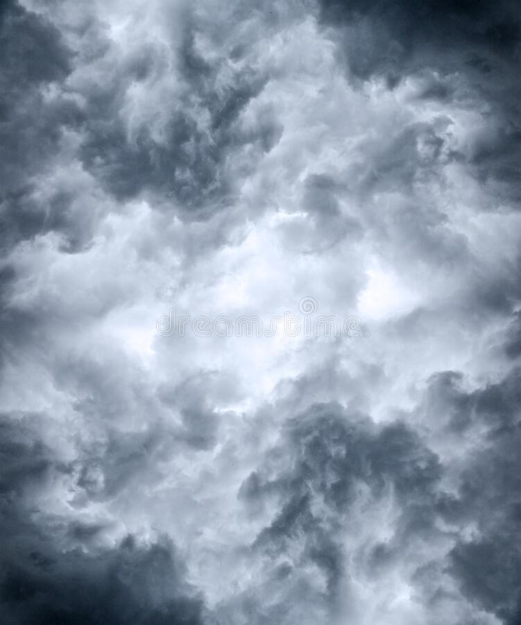Nuvole nere a trama di gelsomino pesante immagine stock