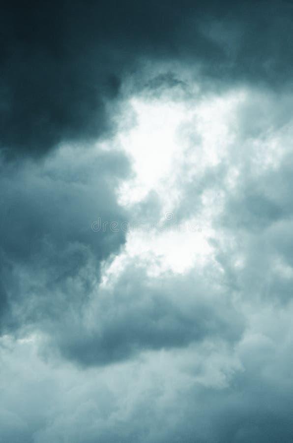 Nuvole operate immagine stock libera da diritti