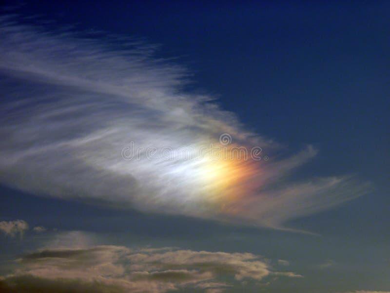 Nuvole stupefacenti del colorfull Nuvole dell'arcobaleno fotografia stock libera da diritti