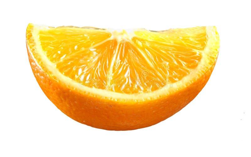 Ny apelsin som skivas p? vit royaltyfria foton