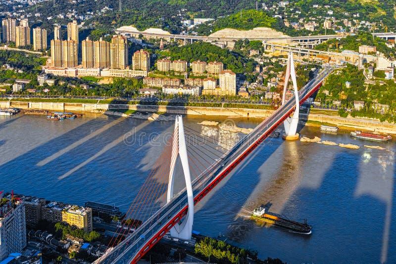 Ny bro i Chongqing arkivfoton