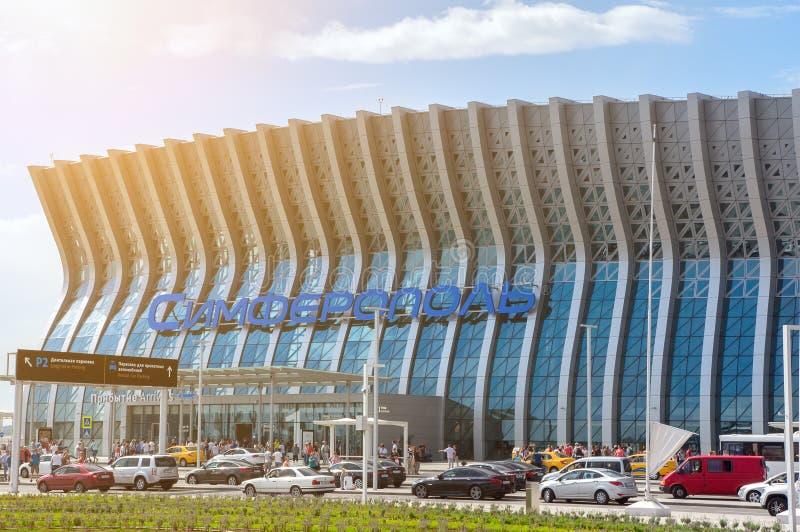 Ny byggnad Simferopol för internationell flygplats royaltyfri bild