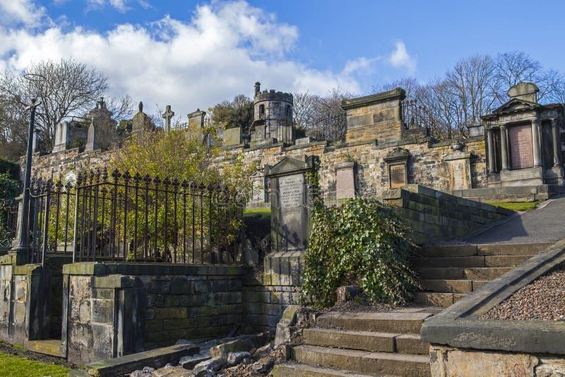 Ny Calton gravplats i Edinburg royaltyfri bild