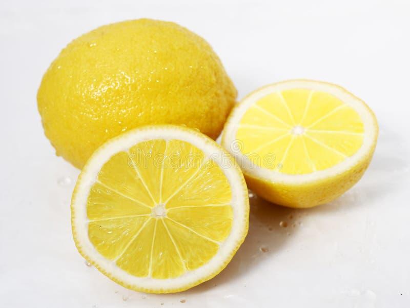 Ny citronskiva Fruktphotoshoot arkivfoton