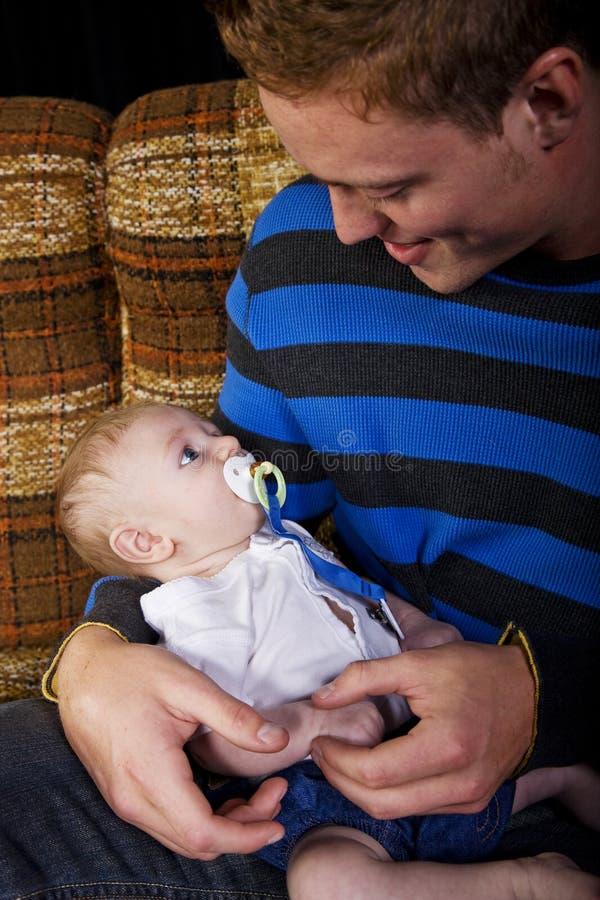 ny fader fotografering för bildbyråer