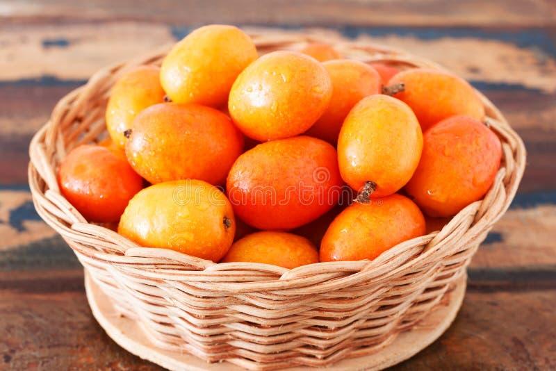 Ny frukt Jocote (röda Mombin, purpurfärgade Mombin, gödsvinplommonet, Ciruela arkivbilder