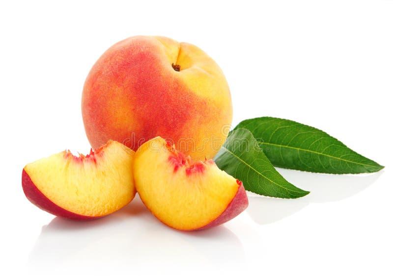 ny fruktgreen låter vara persikan royaltyfri bild