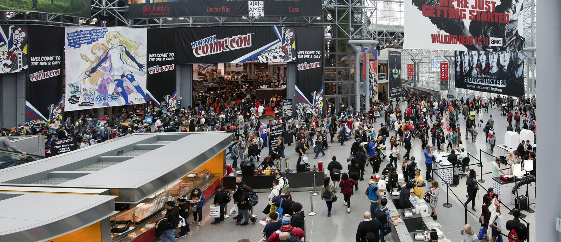 NY-komiker lurar på Jacob K Javits Convention Center royaltyfria foton
