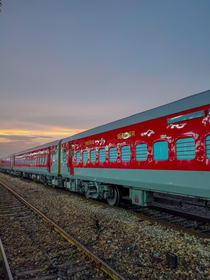 Ny konstruerad lätt vikttransport: Indisk järnväg arkivfoto