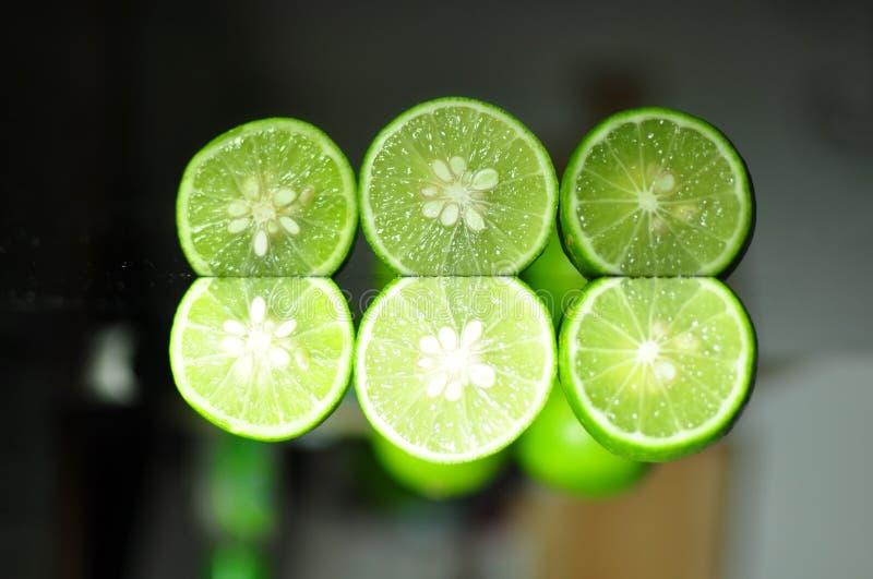 ny limefrukt bär fruktt grönsaker royaltyfria bilder