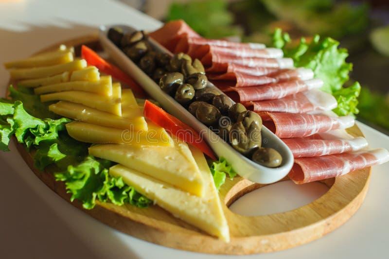 Ny mat för medelhavs- antipasti fotografering för bildbyråer
