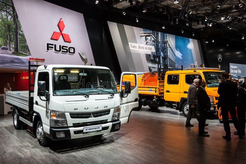 Ny Mitsubishi Fuso Canter arkivbilder